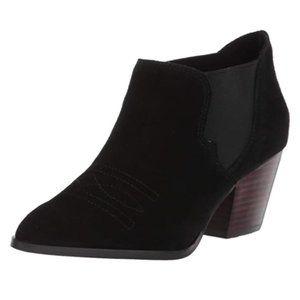 Bella Vita Emilia Leather Ankle Bootie Size 8.5W